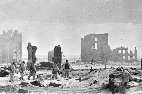 RIAN_archive_602161_Center_of_Stalingrad_after_liberation